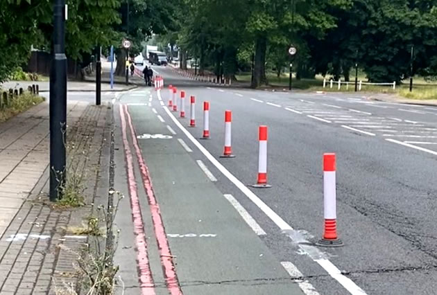 Temporary cycle lane by Ealing Common